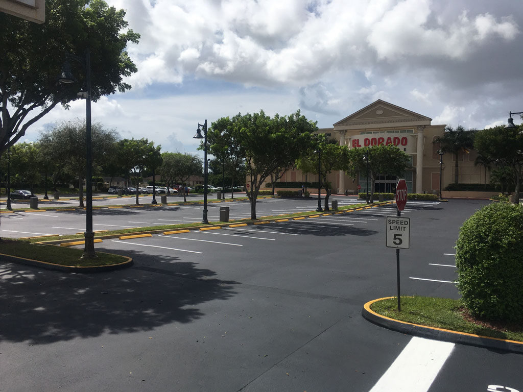Retail Chain – El Dorado – Sealcoating and Striping (2)