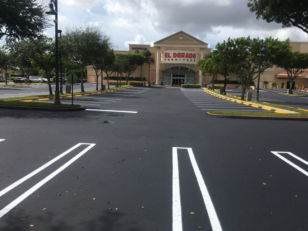 Retail Chain – El Dorado – Sealcoating and Striping (3)