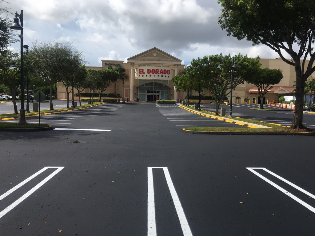 Retail Chain – El Dorado – Sealcoating and Striping (7)