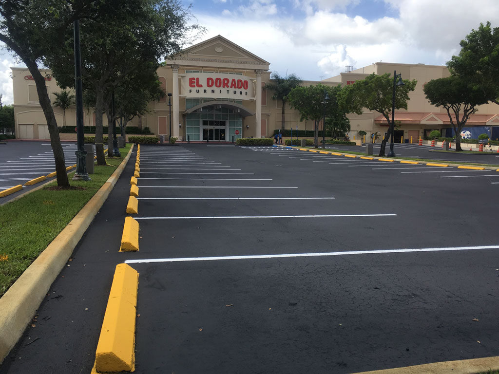 Retail Chain – El Dorado – Sealcoating and Striping (8)